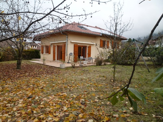 vente maison SAINT-CERGUES 5 pieces, 142m