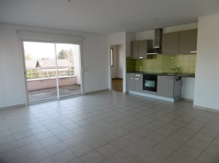 Location  DOUVAINE appartement 3 pieces, 76m2 habitables, a DOUVAINE