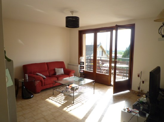 location appartement SAINT CERGUES 3 pieces, 67m