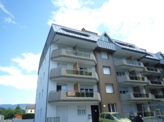 Location  ETREMBIERES appartement 2 pieces, 35m2 habitables, a ETREMBIERES